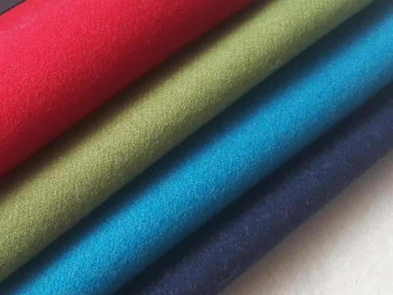 Kolorowe tkaniny obiciowe